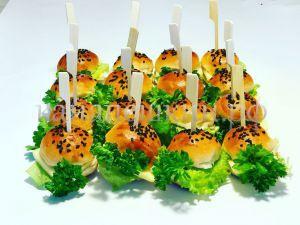 Мини бургеры с куриной котлеткой - 10 шт